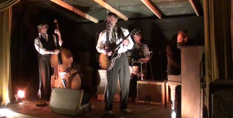The Devil's Cut Combo - The Hole in the wall - Party Barn -