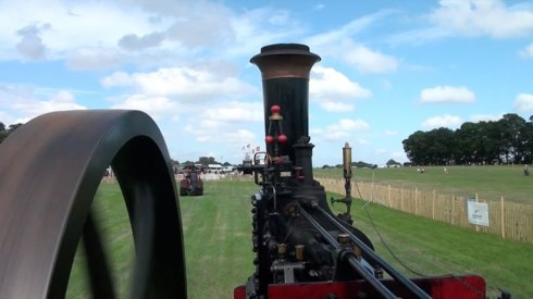 Taking a ride on Bill's Burrell engine! - Steam Rally